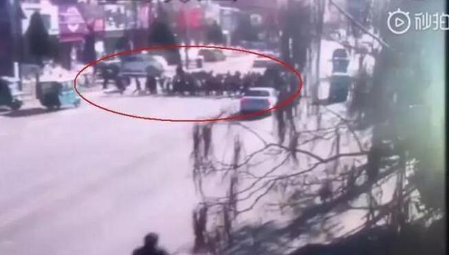 开奥迪撞小学生5死18伤怎么回事?事故原因?肇事司机是谁?