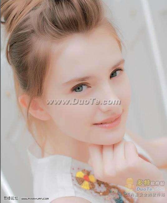 Photoshop调出美女粉嫩的淡红色(1)