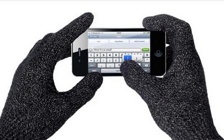 iphone能戴手套玩吗